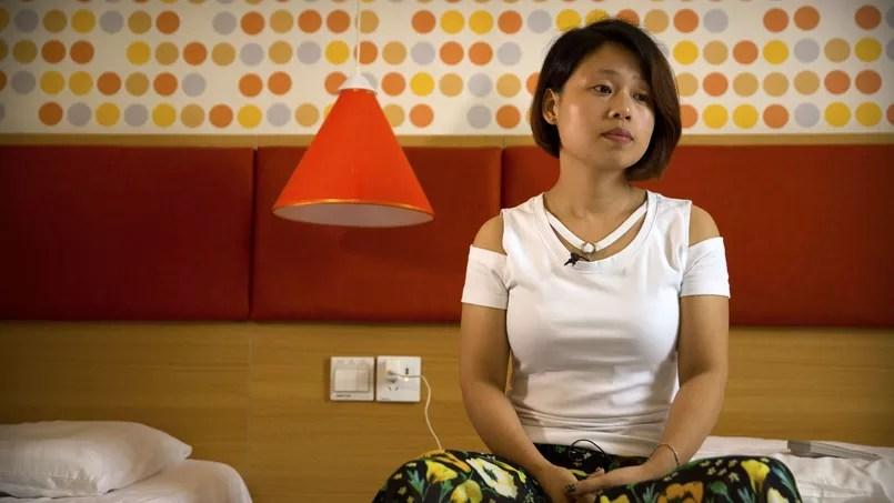 Deng Guilian, la femme de Hua Haifeng, un des trois activistes arrêtés, le 6 juin 2017 à Ganzhou.