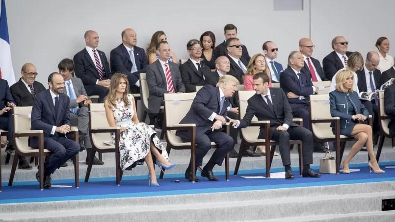 Édouard Philippe, Melania et Donald Trump, Emmanuel Macron et son épouse, Brigitte, assistent aux cérémonies du 14 juillet sur les Champs-Élysées, vendredi à Paris.