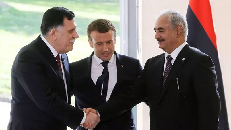 Emmanuel Macron reçoit le premier ministre libyen Fayez Al-Sarraj et son rival Khalifa Haftar au château de la Celle.