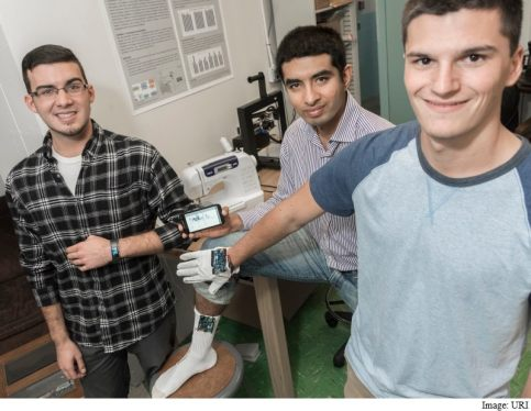 New Smart Gloves to Monitor Parkinson's Disease