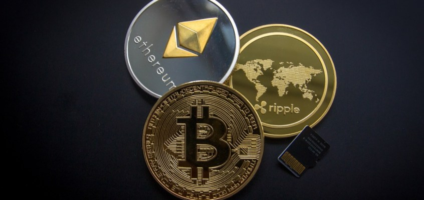 Russia Working on Crypto Law to Safeguard 'Non-Professional' Investors