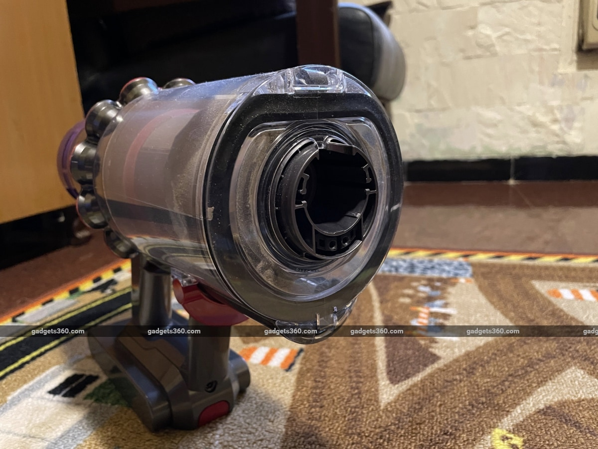 dyson v11 absolute pro review opening Dyson