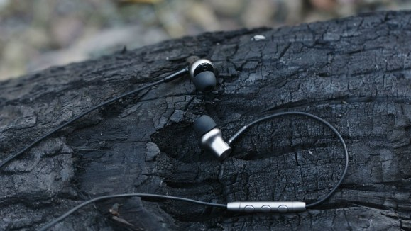 Xiaomi Mi In-Ear Headphones Pro HD With Improved Sound Quality Launched
