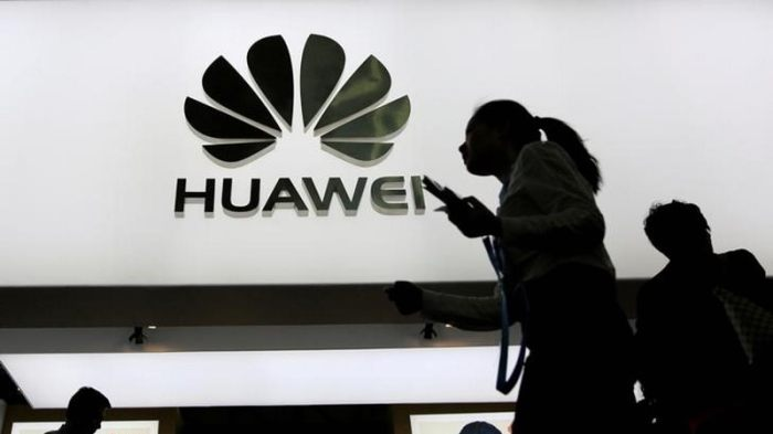 Huawei Leads China's Smartphone Market as Xiaomi Pips Apple: Canalys