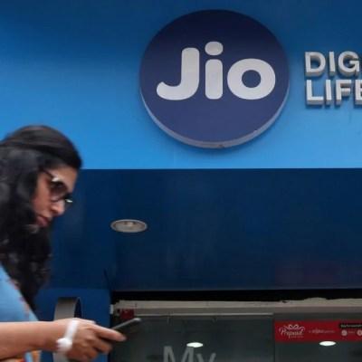 Jio Brings New Offers to Prepaid, Postpaid Users Ahead of IPL 2021