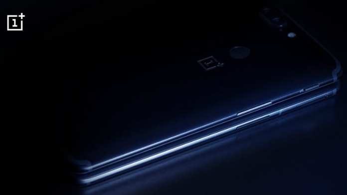 OnePlus 6 Design Compared With OnePlus 5T in Official Teaser
