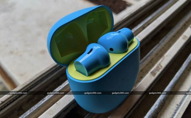 oneplus buds review case open OnePlus OnePlus Buds