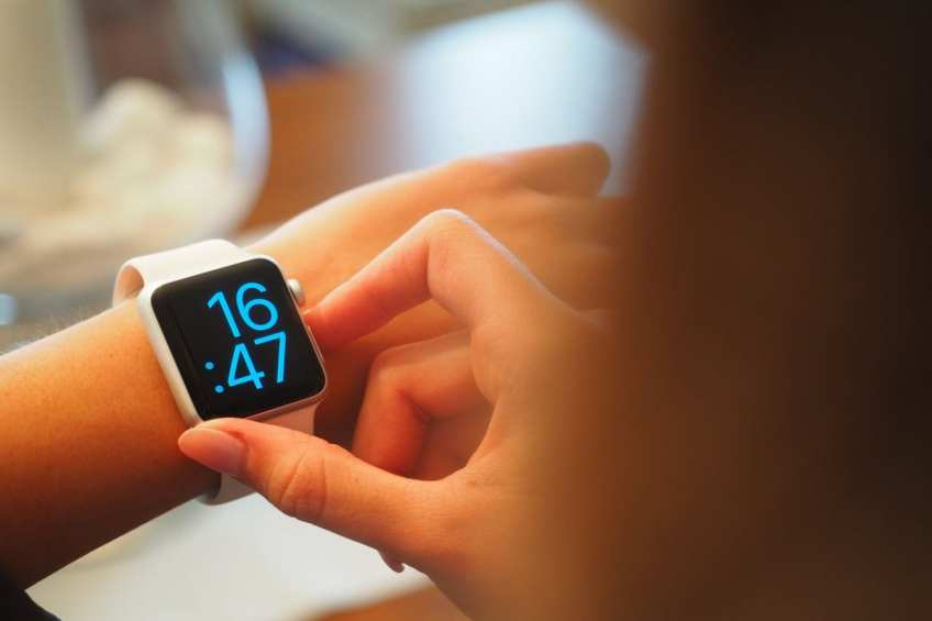 Valentine's Day 2021 Gifts: Best Wearable Gadgets for Your Partner