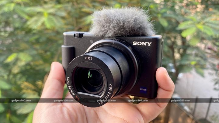 sony zv 1 review hand solo s