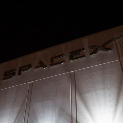 Elon Musk's SpaceX Wins $2.9 Billion Moon Lander Contract