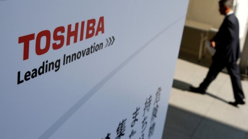 Western Digital Moves to Court in a Bid to Block Sale of Toshiba Chip Unit