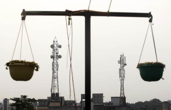 Reliance Infratel Gets CCI Nod for Selling Tower Unit