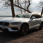 2019 Volvo V60 Cross Country More Fun Than An Suv The Car Guide