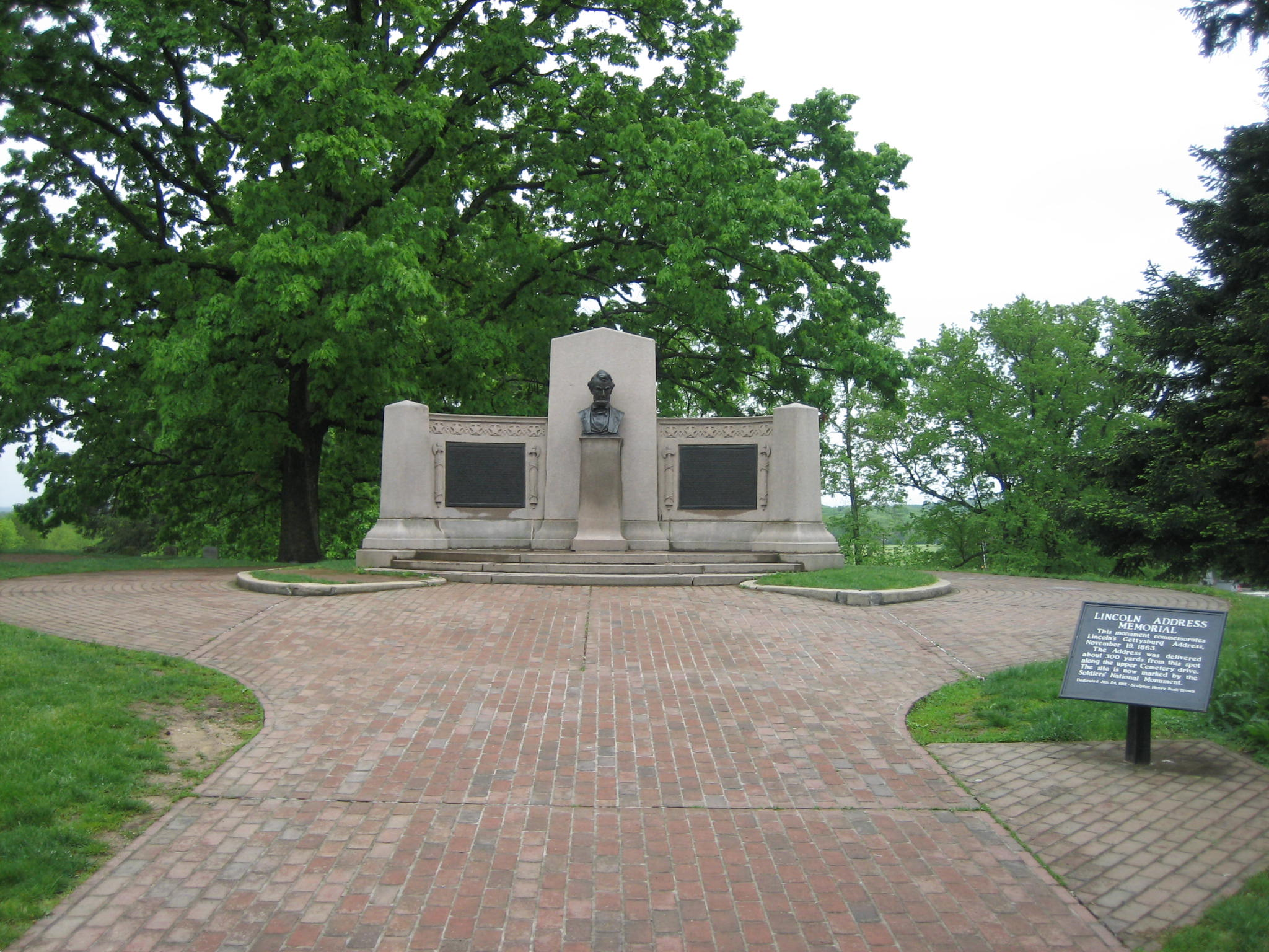 The Confusing Gettysburg Address Memorial