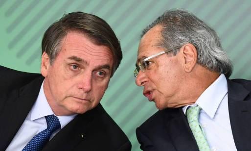 Bolsonaro diz que não está fritando Guedes porque gás e óleo estão muito  caros | Sensacionalista - O Globo