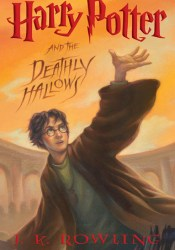 Harry Potter and the Deathly Hallows (Harry Potter, #7) Book by J.K. Rowling