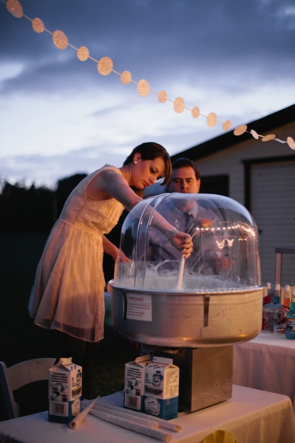 Fun Wedding Idea-cotton-candy-machine