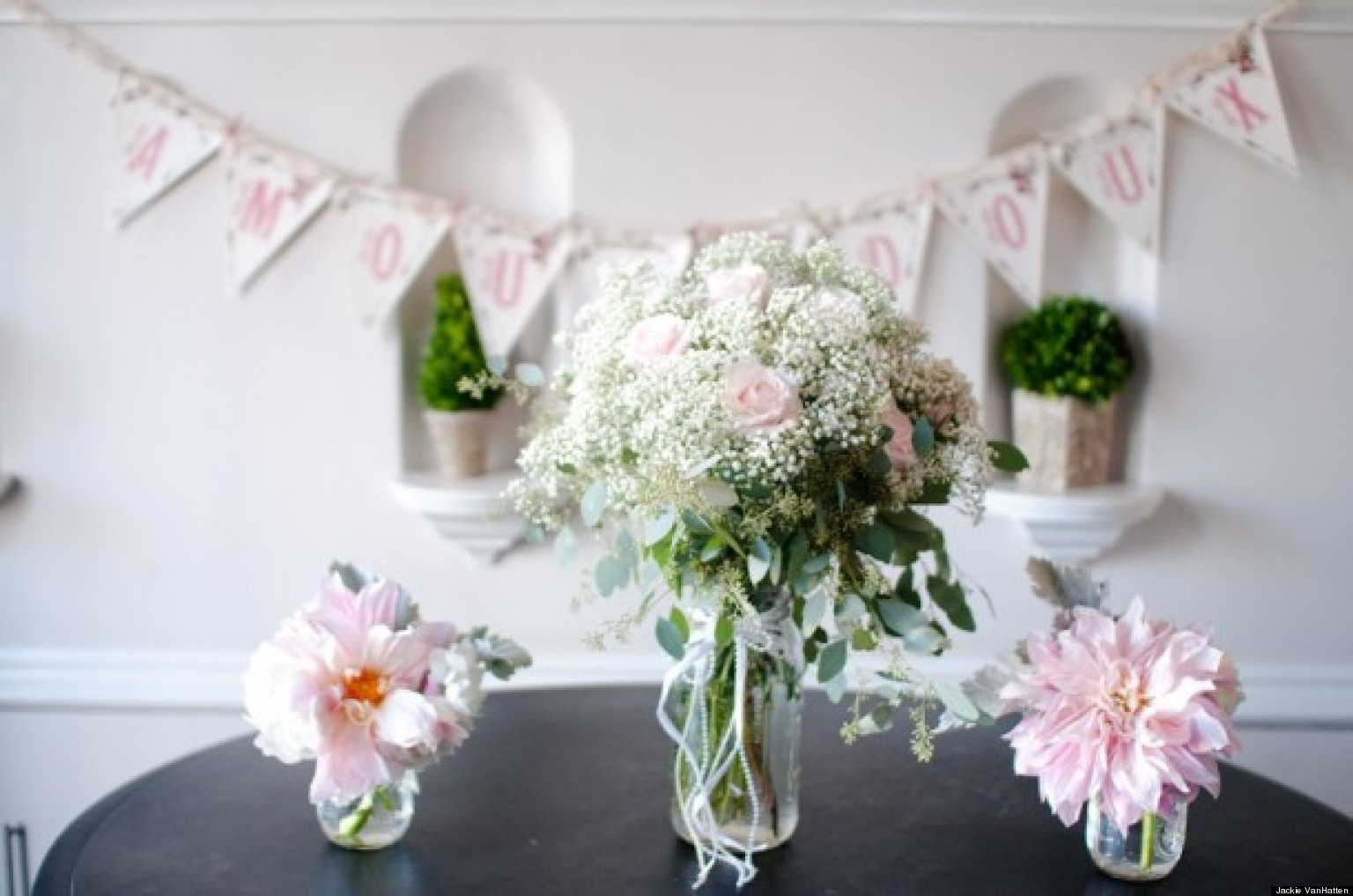 Wedding Flowers: 4 Centerpieces For Your Bridal Shower