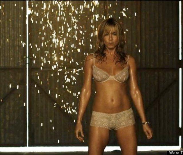 Jennifer Aniston Hot