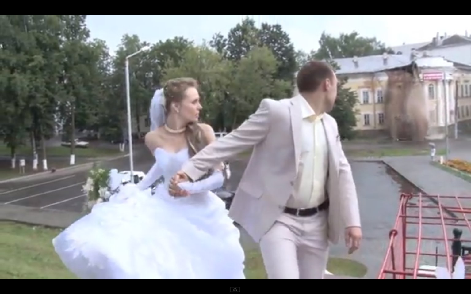 House Collapse Interrupts Russian Wedding VIDEO HuffPost
