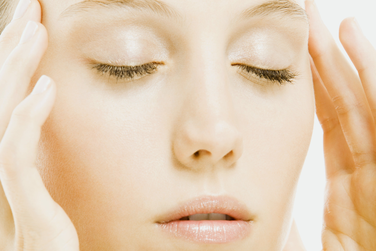 Massage Away Wrinkles With This 30 Minute Facial Video