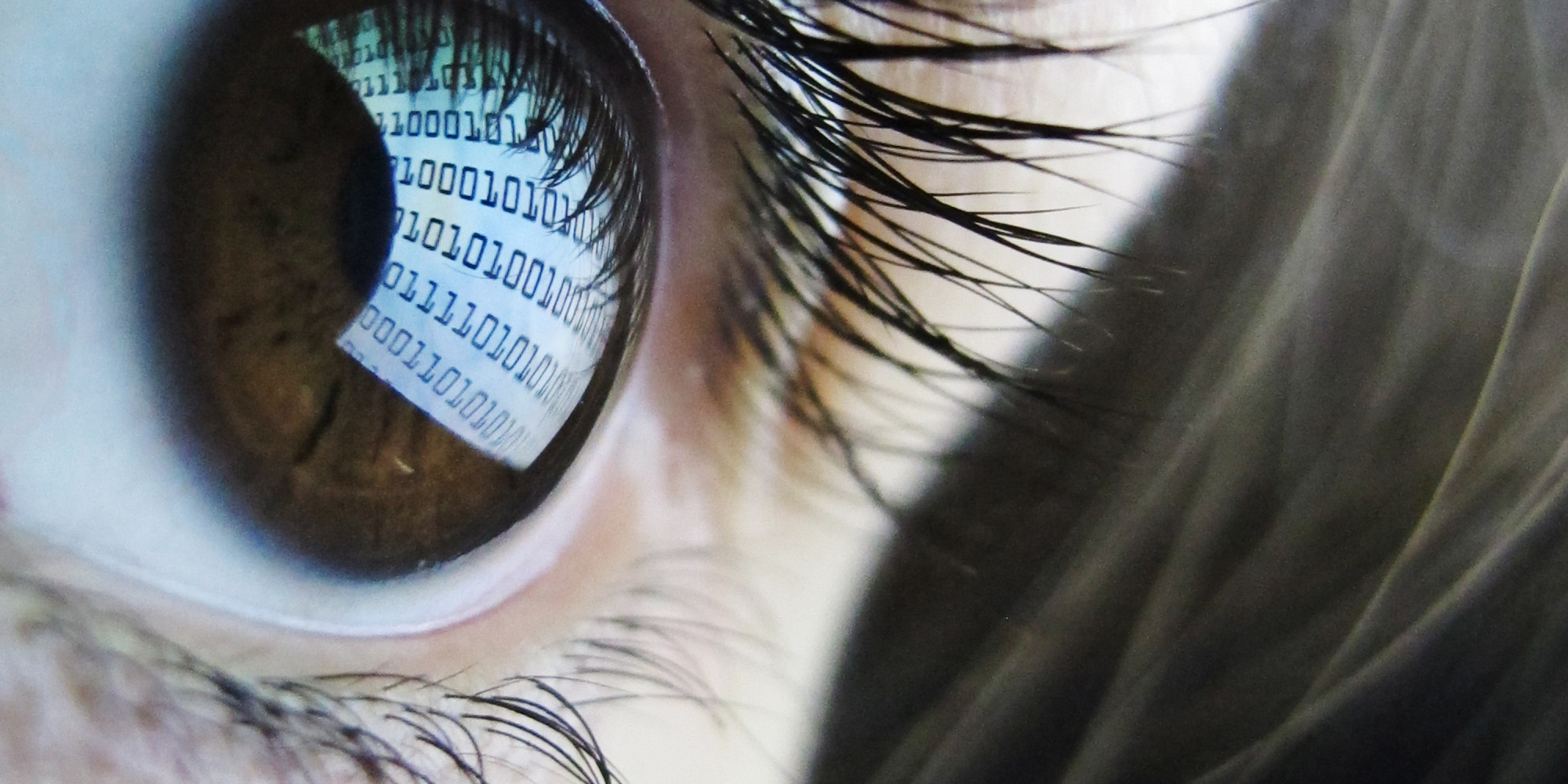Staring At Screens All Day Changes Your Eyes Study Finds