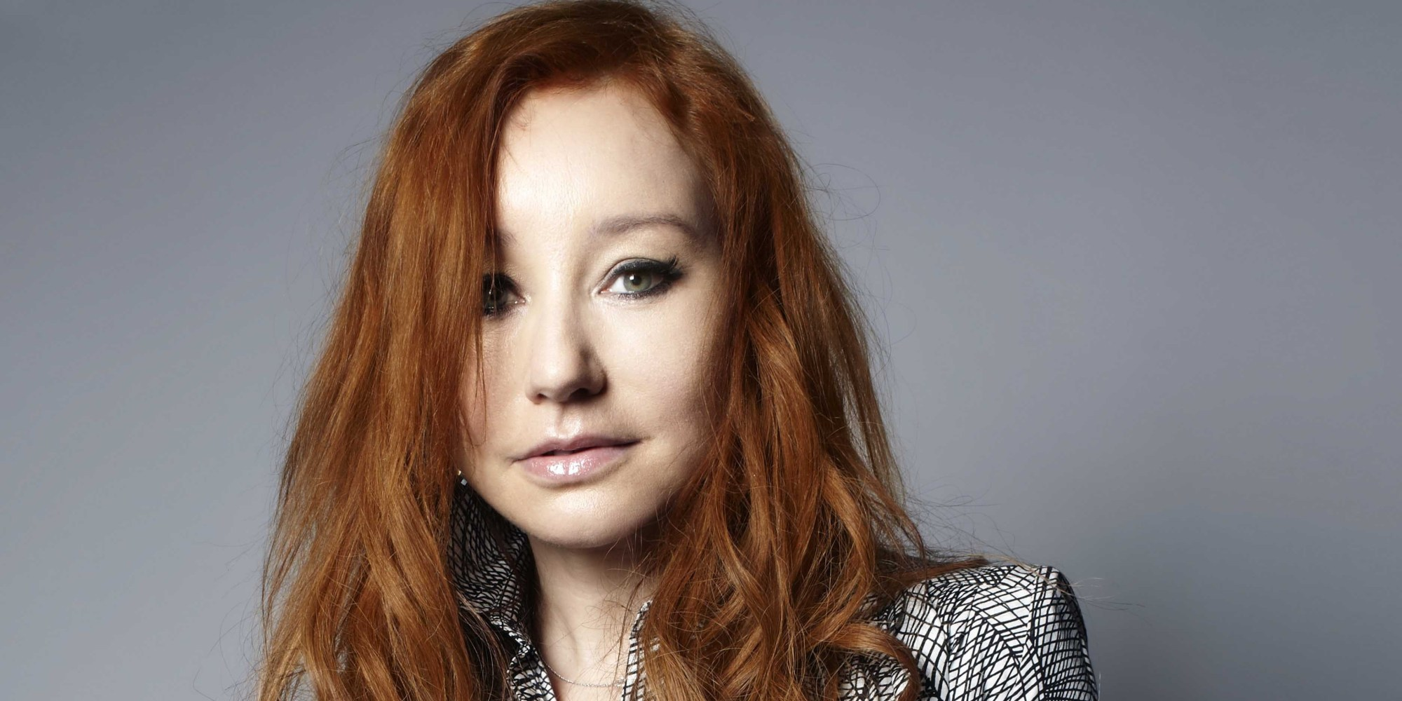 Tori Amos Goes Under The Covers With Miley Cyrus Madonna
