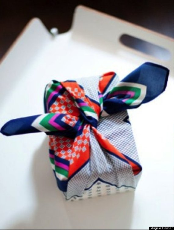 scarf gift wrap
