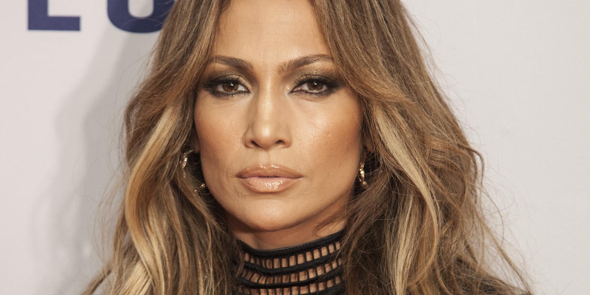 Jennifer Lopez Rocks A Leather Dress For We Day Event