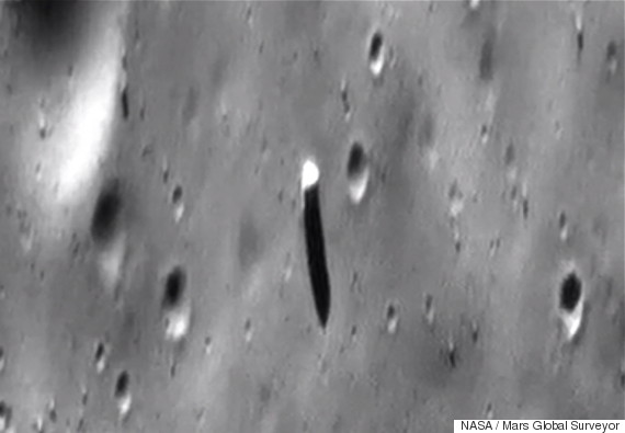 Is The Moon Hollow? And What Creatures Are Living Inside?  O-PHOBOSMONOLITH-570