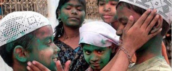 Muslim children playing Hindu Holi