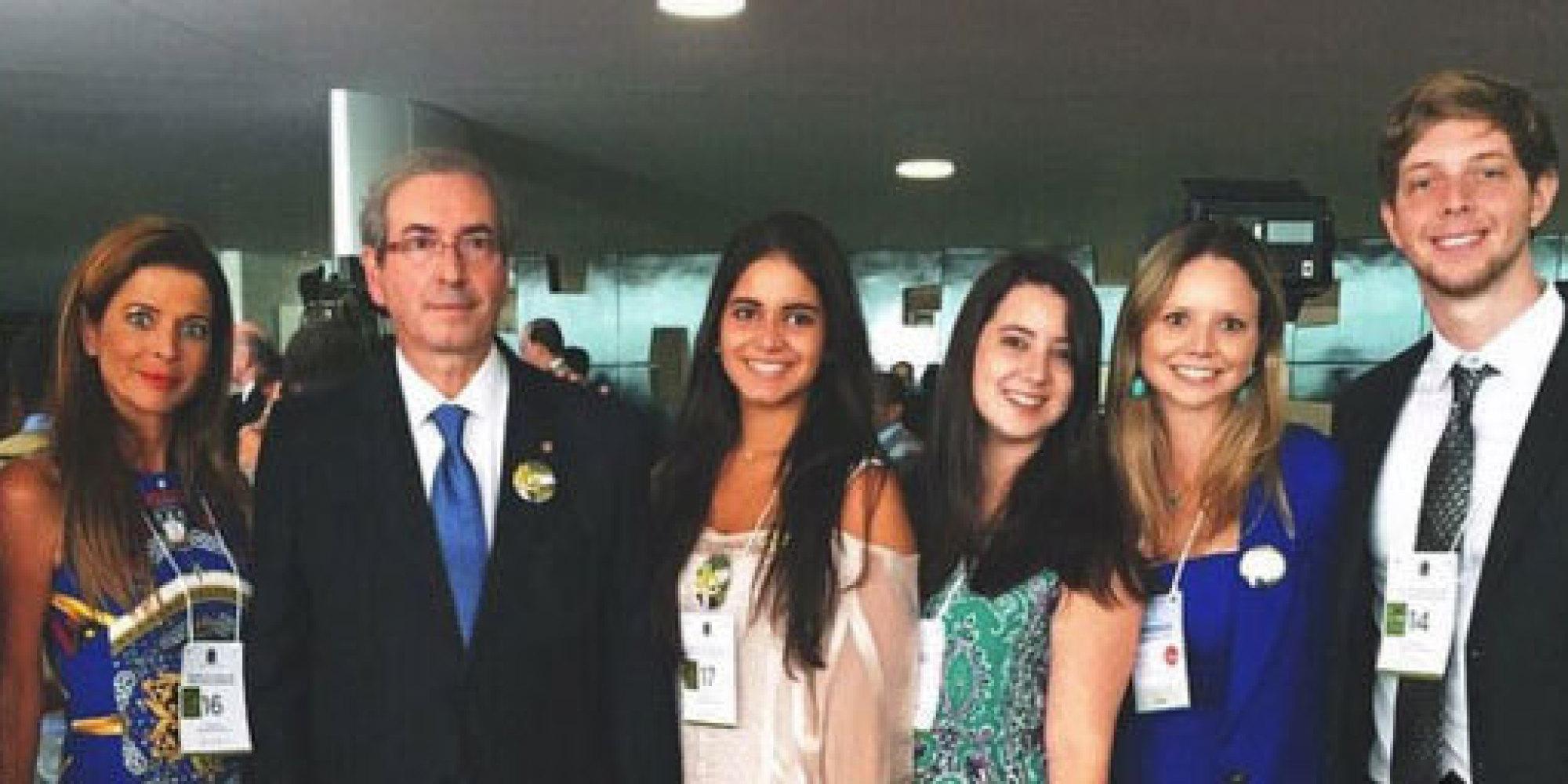 Resultado de imagem para Cunha e familia