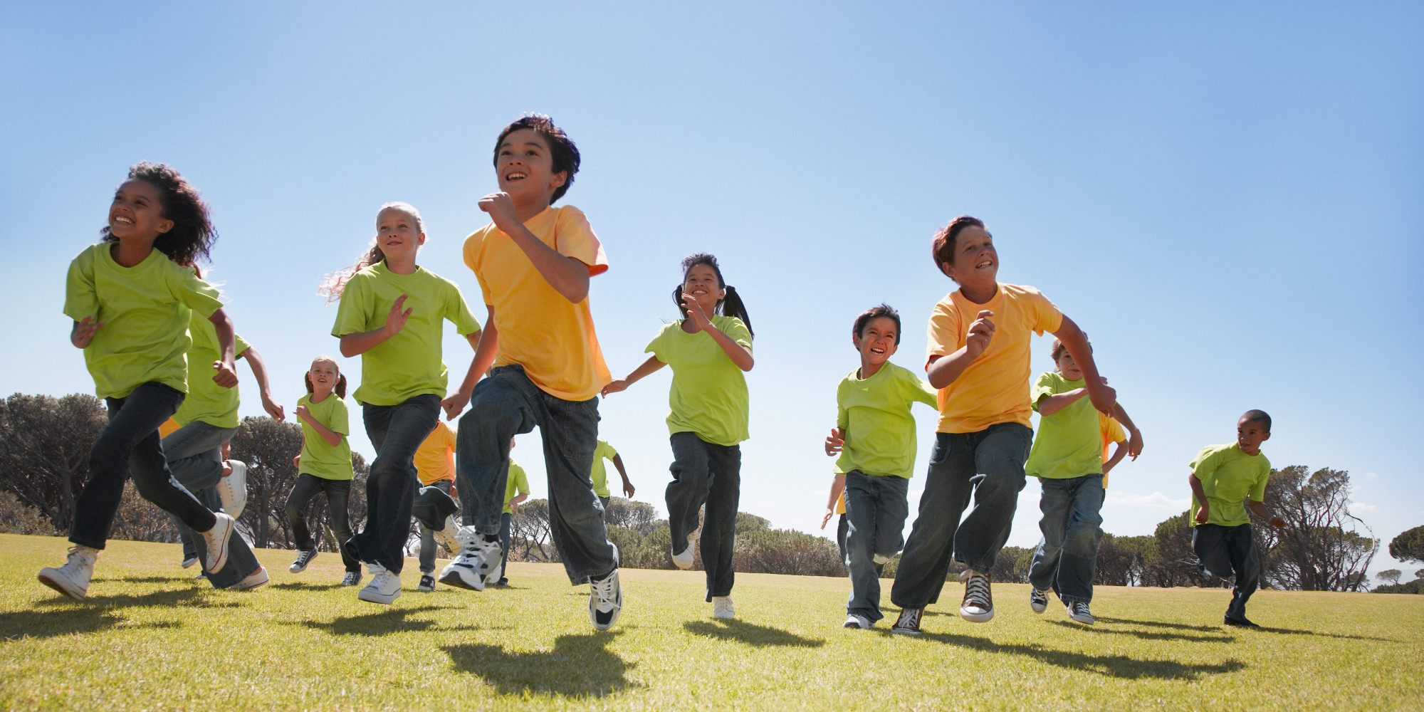 4 Reasons Why Your Kids Should Play Sports