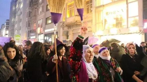 Kadınlardan İstiklal Caddesinde büyük yürüyüş (1)