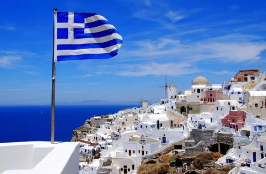 Greece to extend  golden visa  scheme to lure more investors