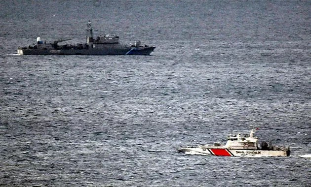 Turkish coast guard prevents Greek ships from approaching disputed Aegean islets