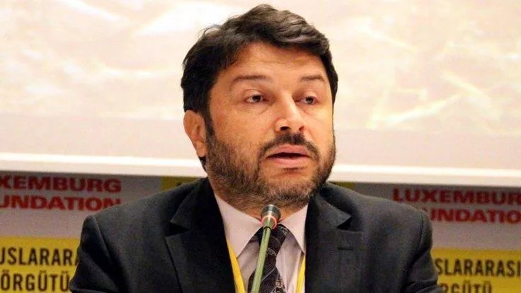 Istanbul court rules to keep Amnesty official in jail