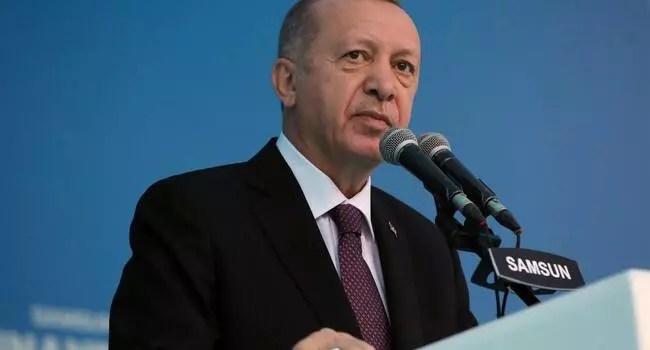 President Erdoğan pledges new houses, rental support for citizens suffered in İzmir quake