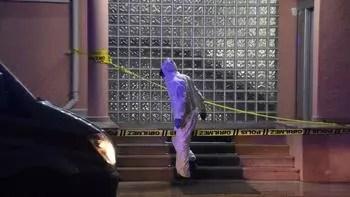 Korkunç cinayet: Garson, 2 kişiyi başlarından vurarak öldürdü!