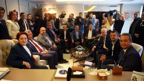 CHPden 15 milletvekili İYİ Partiye geçti