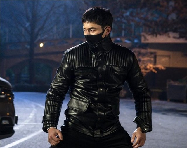 "Rugal"" Jo Dong Hyuk Turns Into A Human Weapon – K-Luv"