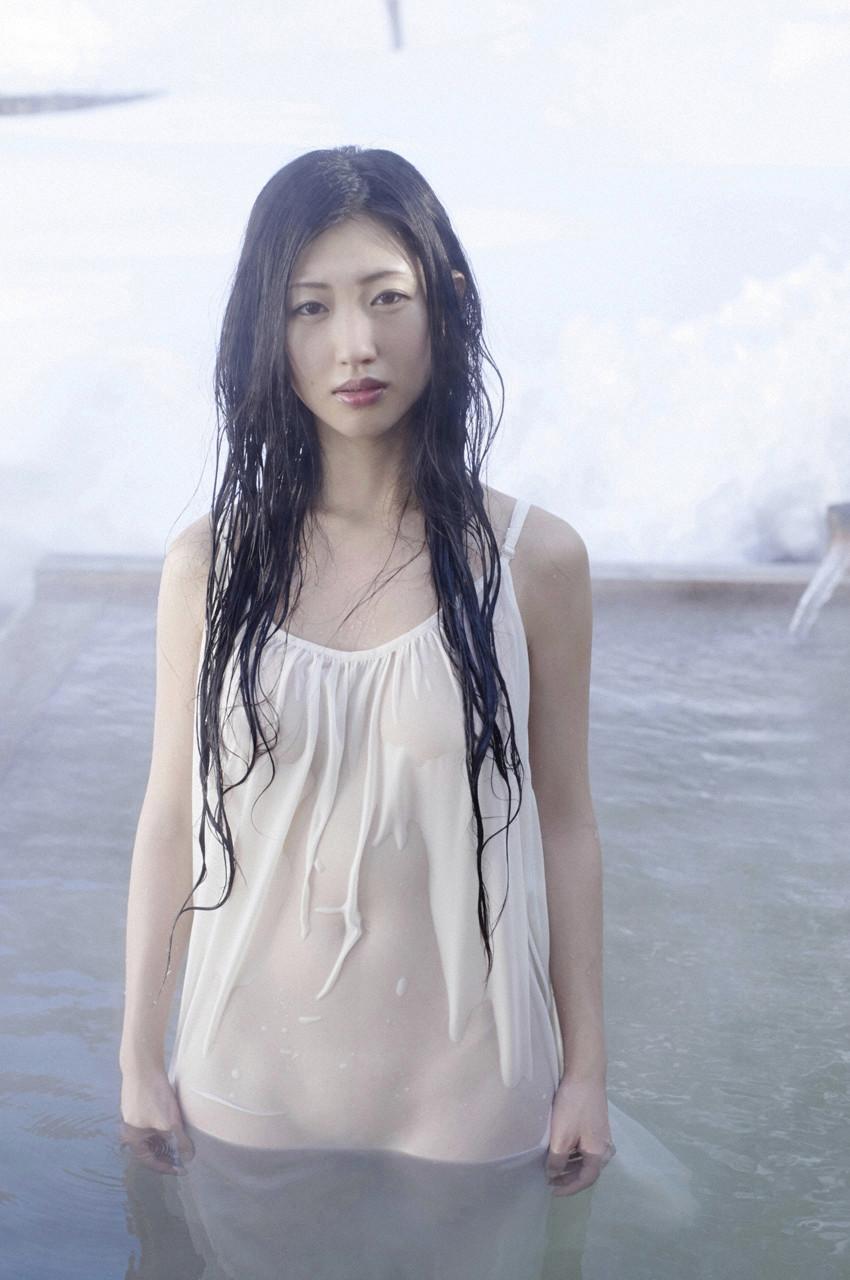 danmitsu-03-01