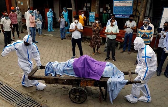 ভারতে একদিনে ৩৫২৩ জনের মৃত্যু, শনাক্ত ৪ লাখের বেশি