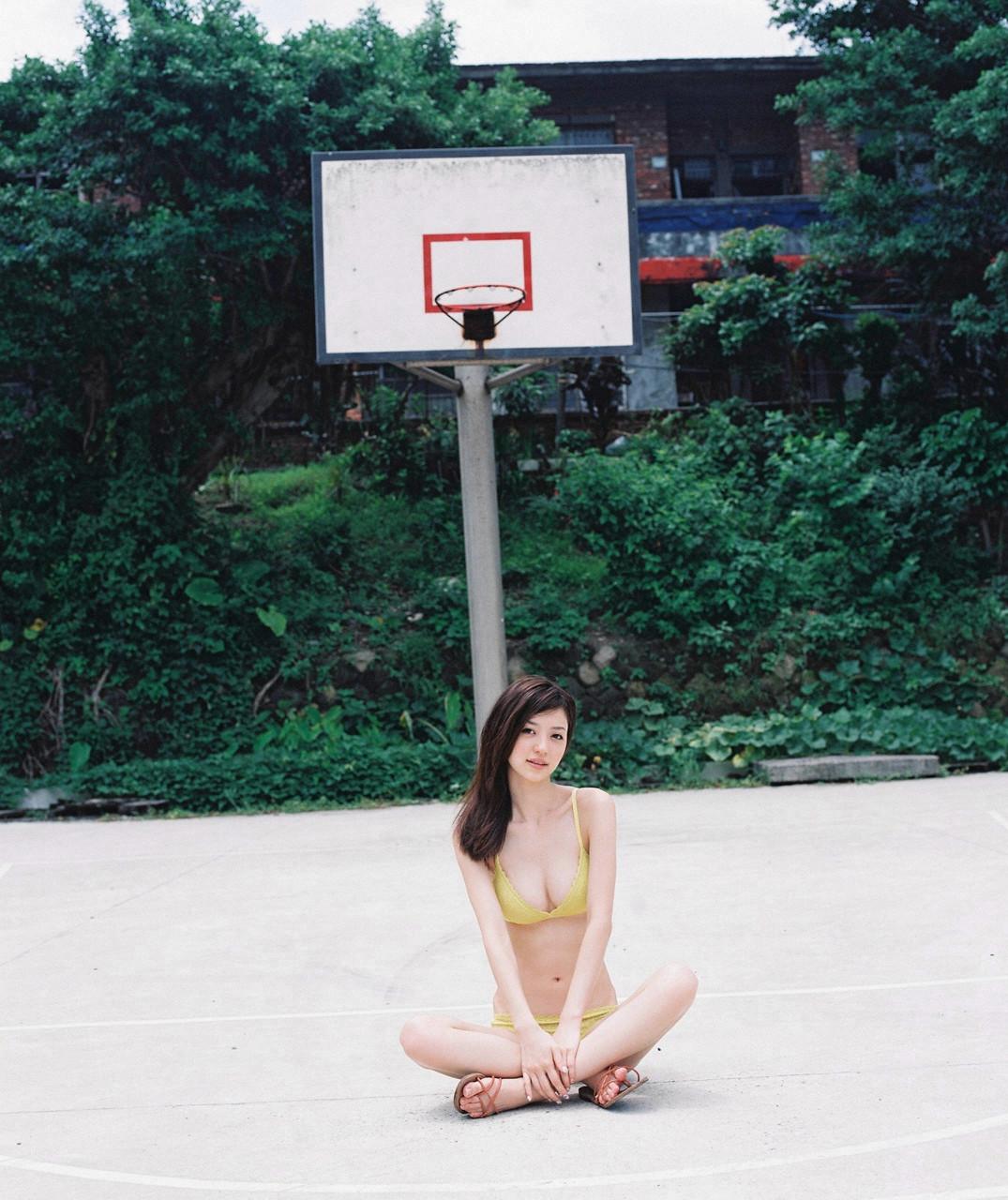 逢沢りな「さよなら、美少女」グラビア 07-07