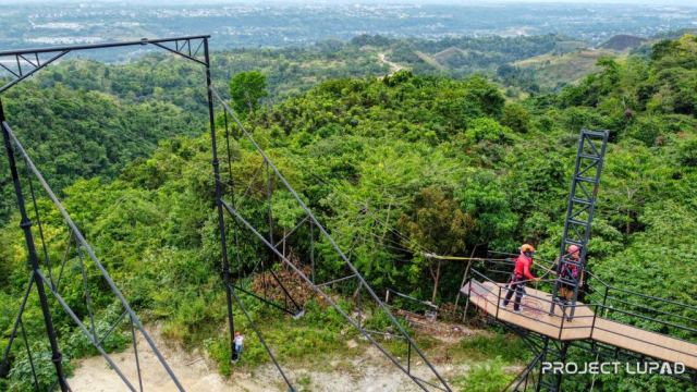 GIANT-SWING-the-Highest-Swing-in-Cagayan-de-Oro-Copyright-to-Project-LUPAD-2