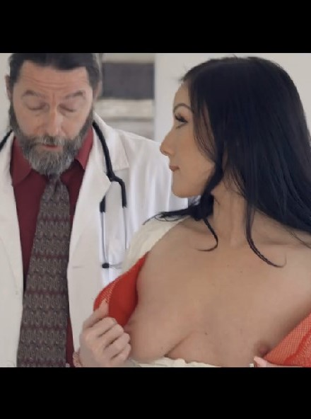 Complementary-Anal-Exam-Sex42-Online-mp4-snapshot-03-39-793