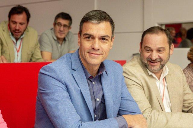 Cuentan como Sánchez se transforma en candidato 'pro-business' a puerta cerrada con dirigentes de Wall Street