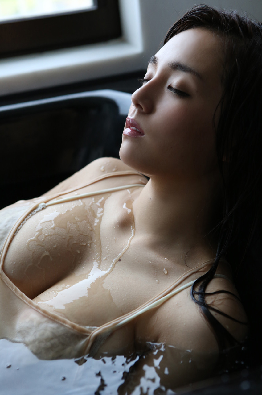 shinozaki-ai-ex75