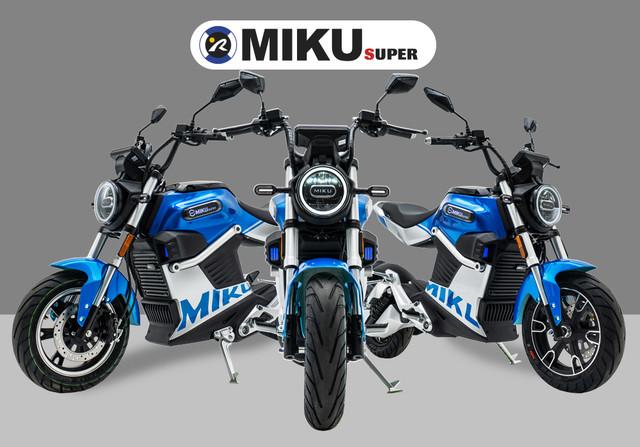 montaje-miku-super-azul-2