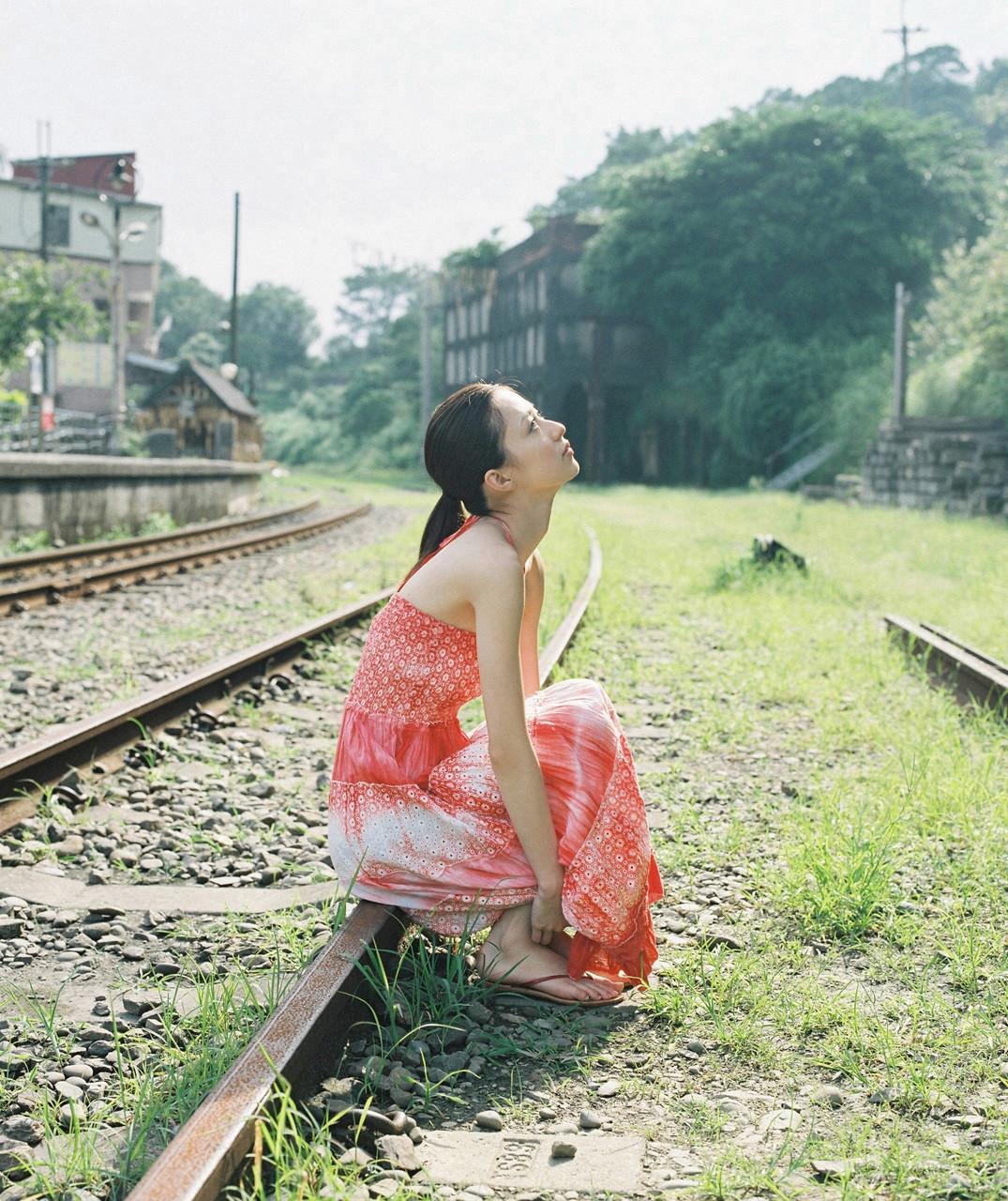 逢沢りな「さよなら、美少女」グラビア 09-07